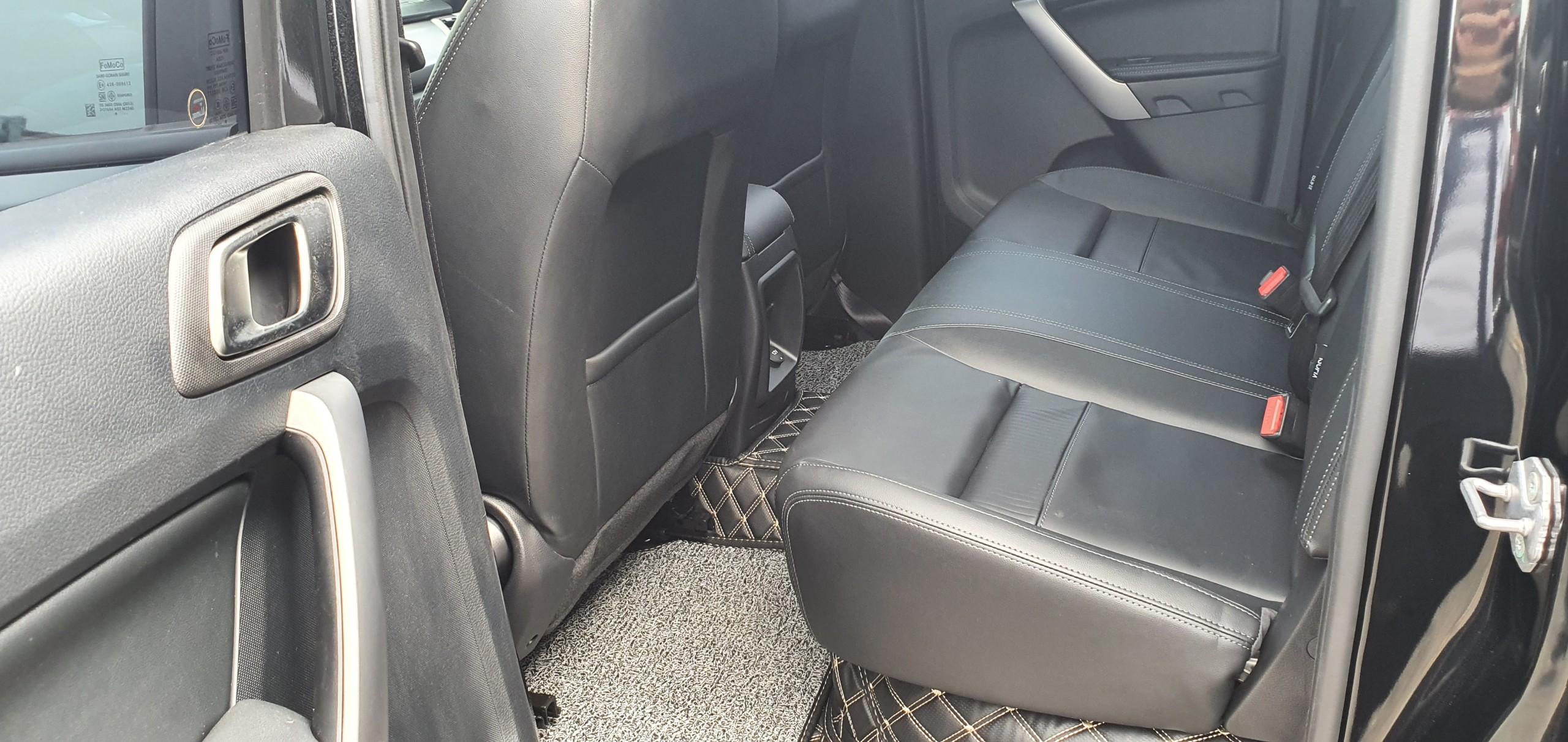 Nội Thất Ford Ranger Limited 4x4 Màu đen