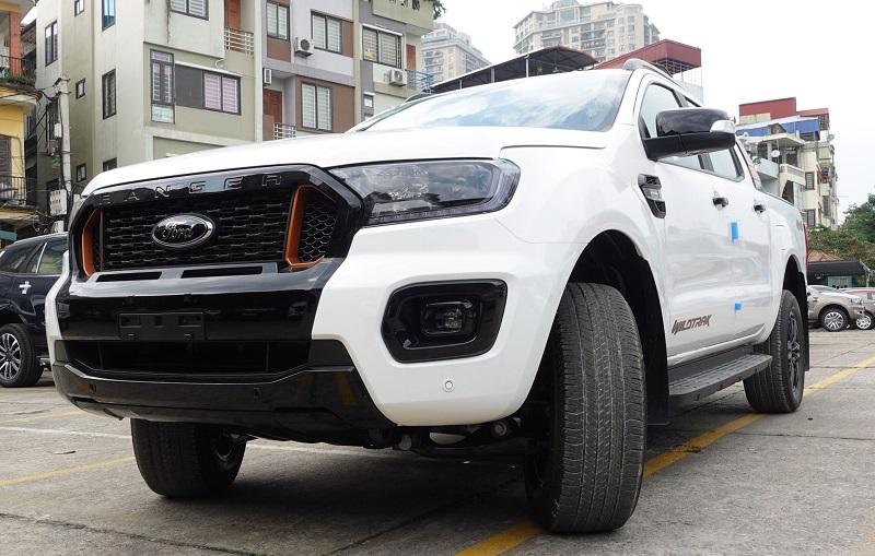 Hình ảnh Ford Ranger Wildtrak Màu trắng tại Ford Hà Đông